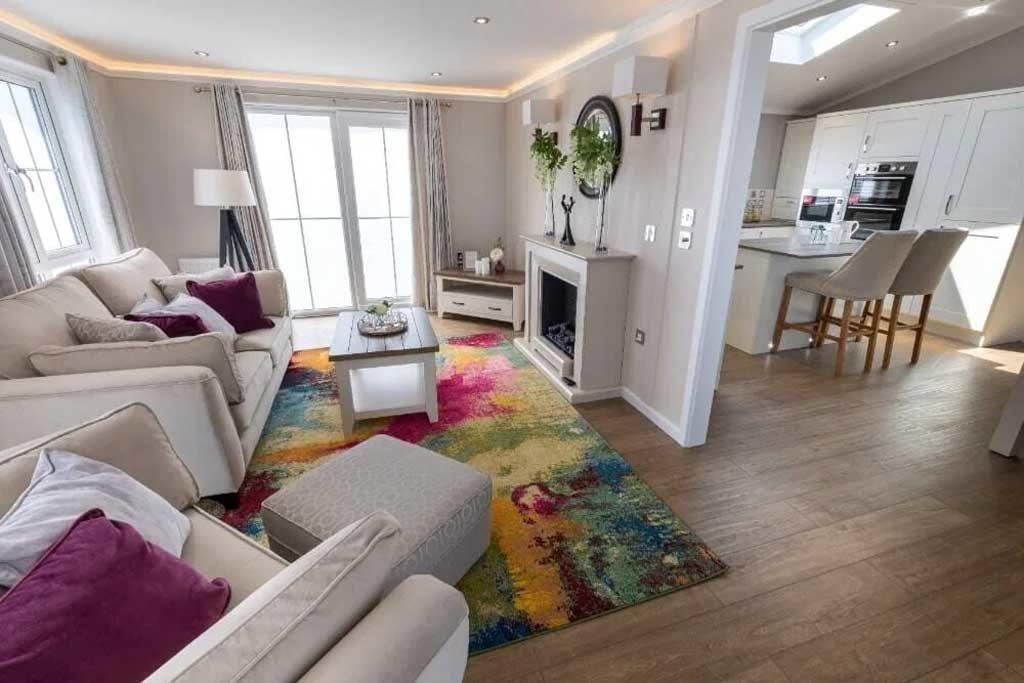 Addington Lounge Area