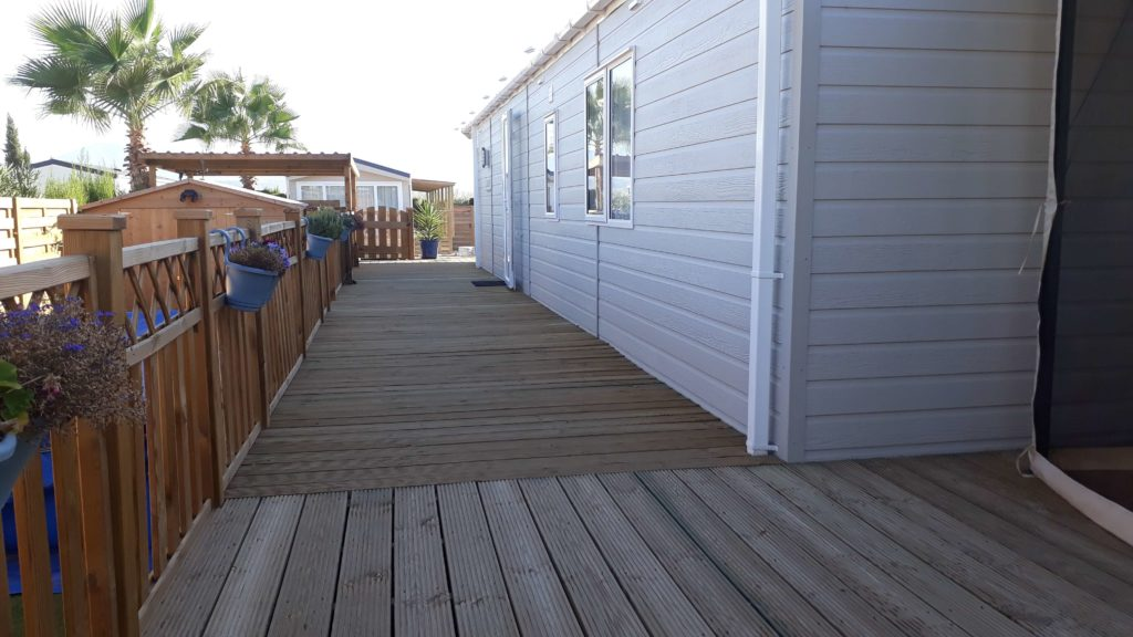 Decking Variation Examples (26)