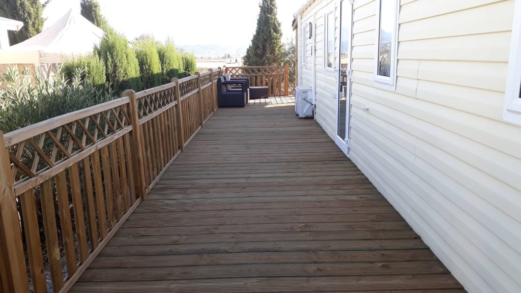 Decking Variation Examples (29)