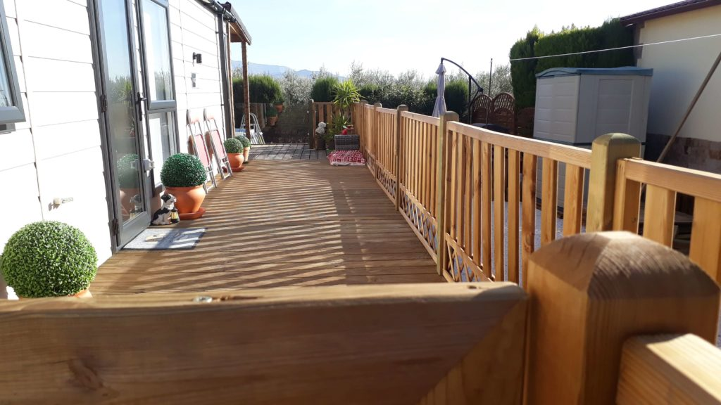 Decking Variation Examples (31)