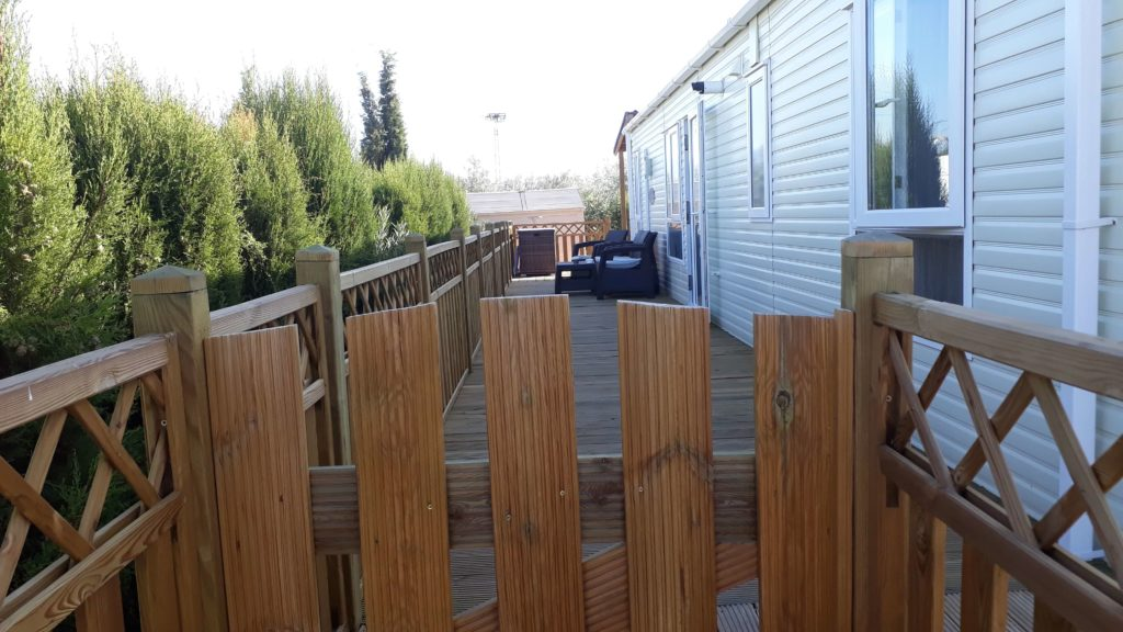Decking Variation Examples (7)
