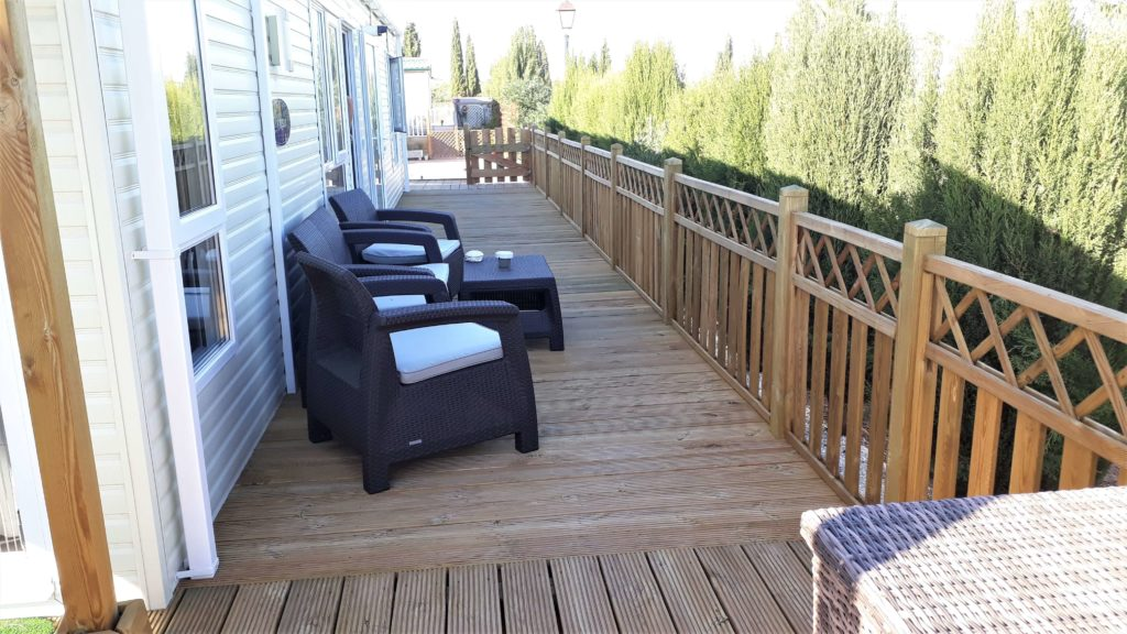 Decking Variation Examples (9)