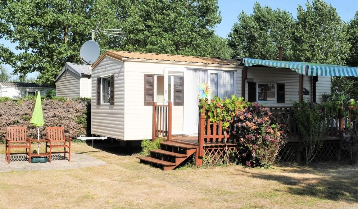 01c Front View Plot 35 Willerby European Vendee France Caravans In The Sun (2)