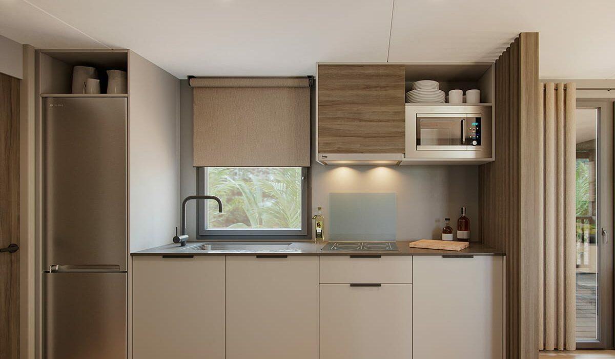 03 Costa Dorada Kitchen