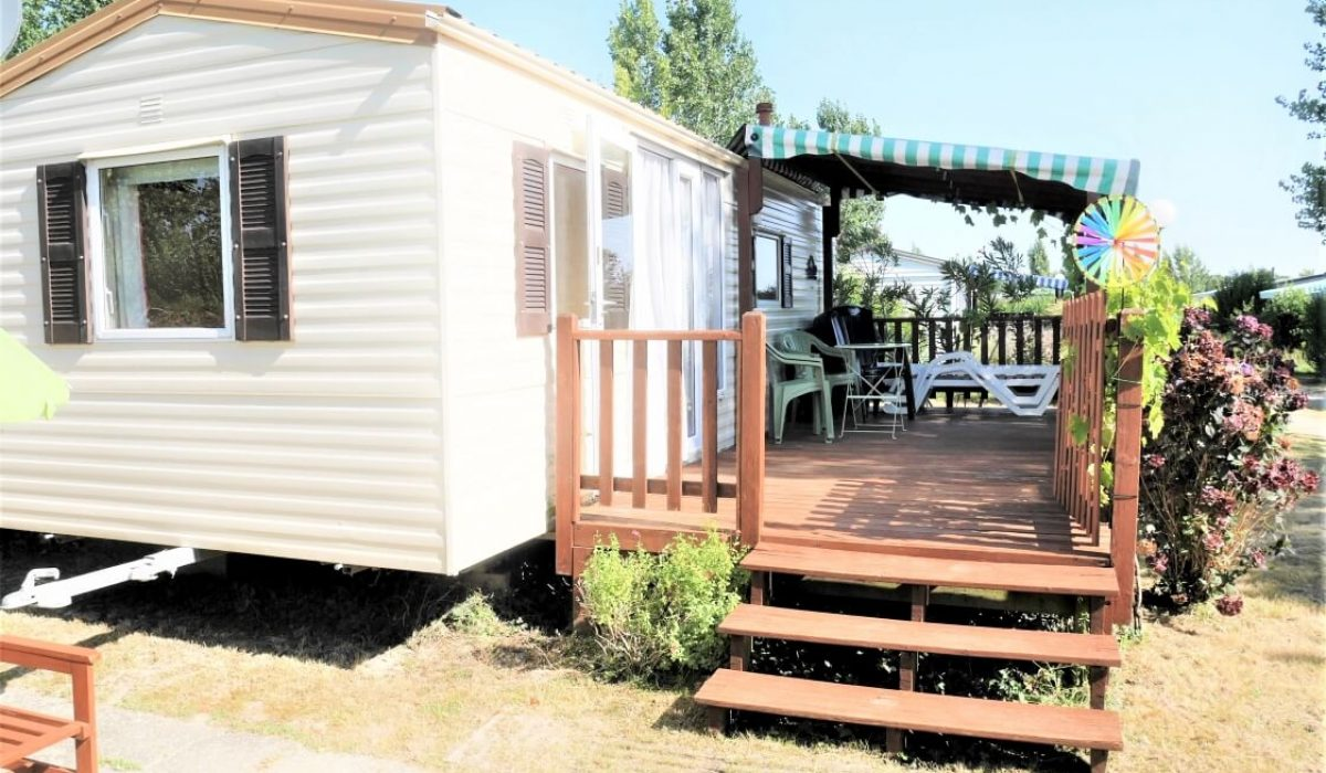 04 Front View Plot 35 Willerby European Vendee France Caravans In The Sun (7)