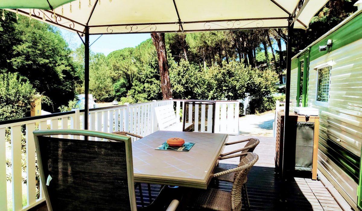 06 Exterior Decking Plot 49 Toscana Holiday Village Tuscany (19)