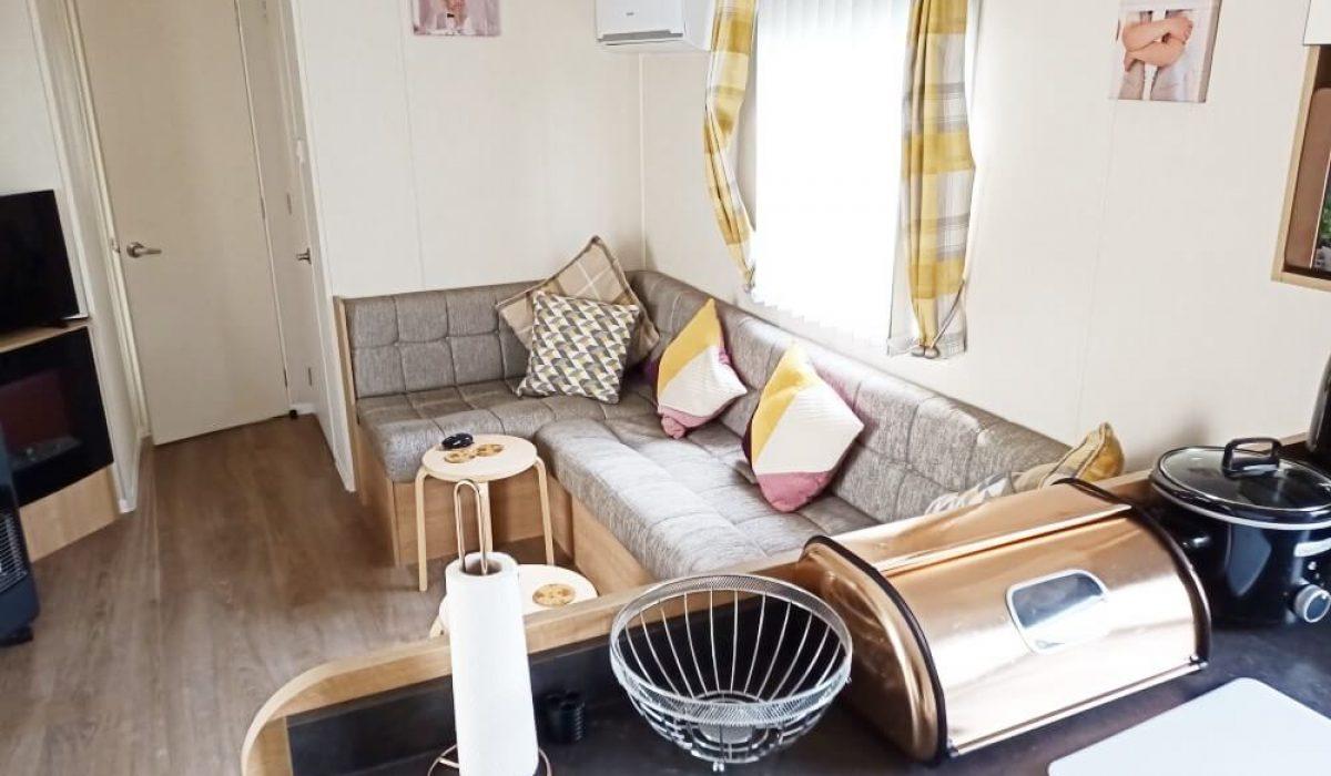 08 Lounge Kitchen Willerby Martin Plot 16 Torre Del Mar (22)