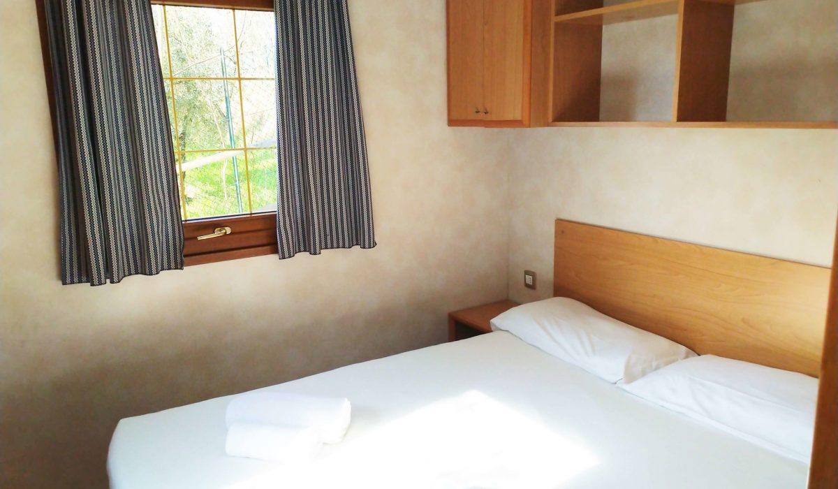 08 Master Bedroom Shelbox Prestige Plot 3 Toscana Holiday Village Italy (8)