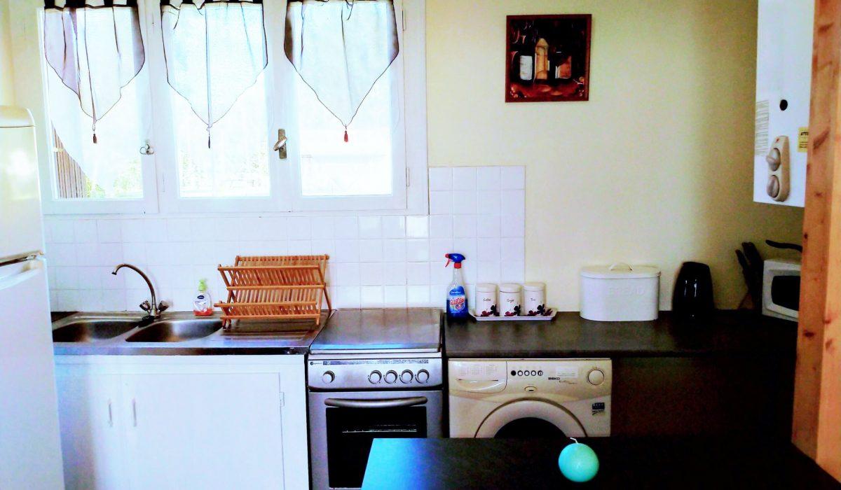 11 Kitchen Bergerac Residential (18)