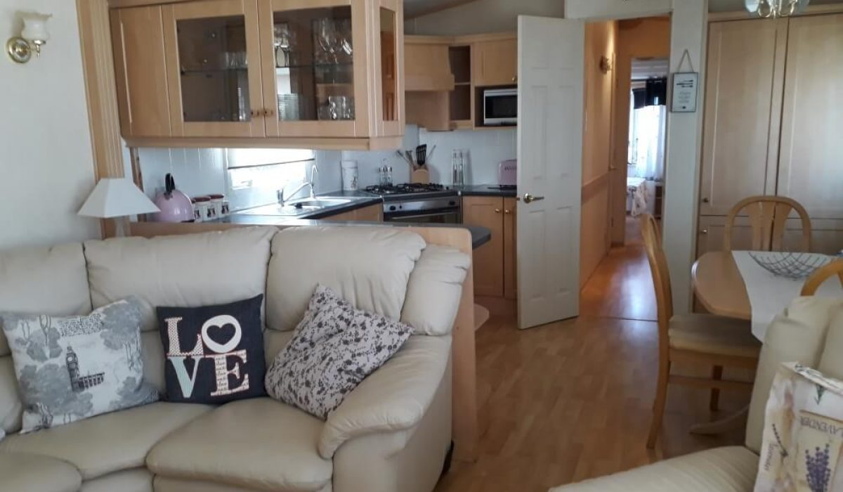 11 Lounge 7 Mountain View Saydo Park Costa Del Sol Spain Caravans In The Sun (7)