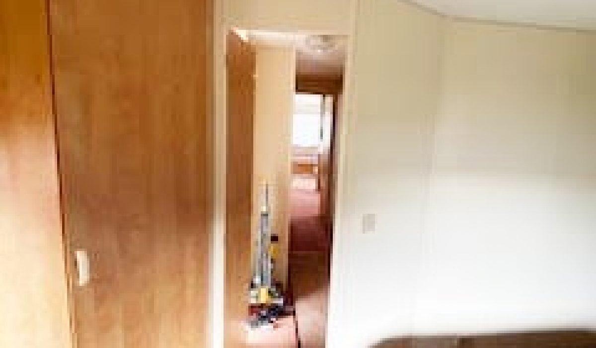 11 Master Bedroom 198 BK Brockwood Le Touquet (17)