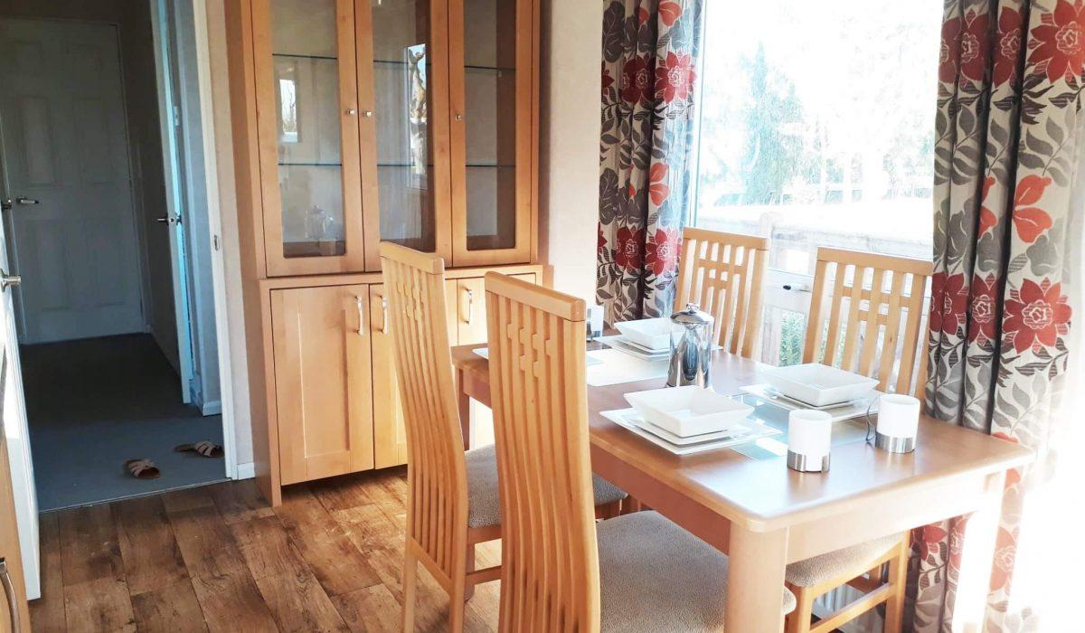 12 Diner Pemberton Knightsbridge Caravans In The Sun Mobile Home El Rocio (10)