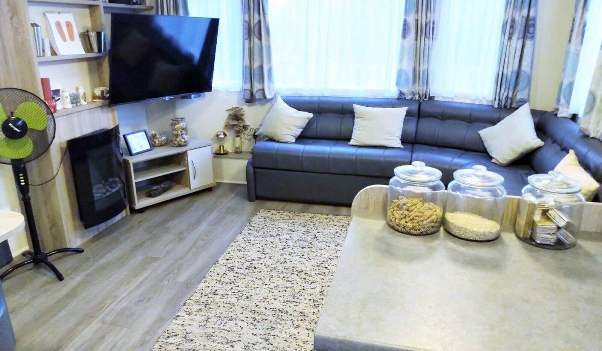 12 Lounge Willerby Rio Special Plot 66 Toscana Holiday Village Tuscany Italy (2)