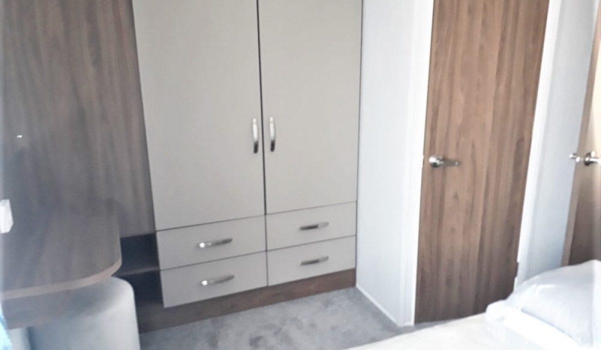 12.5 Master Bedroom Willerby Avonmore13 Orange Grove Saydo Park Costa Del Sol Spain (17)