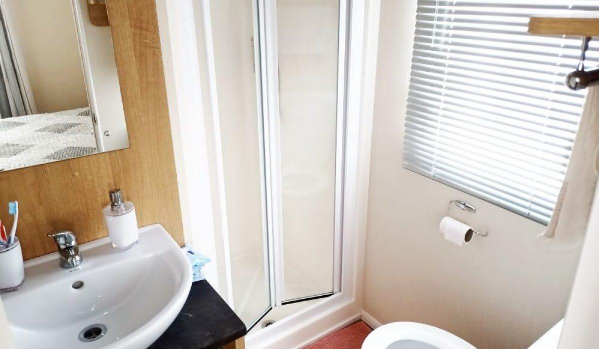 14 Shower Room Willerby Martin Plot 16 Torre Del Mar (9)