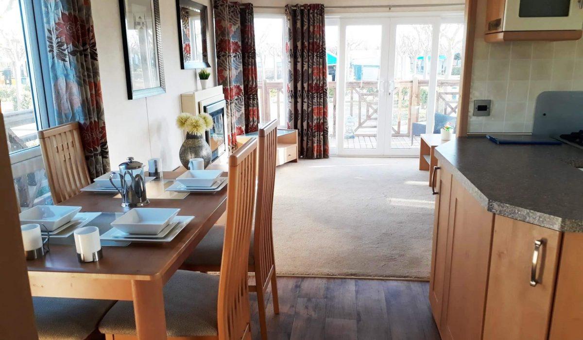 16 Kitchen Diner Pemberton Knightsbridge Caravans In The Sun Mobile Home El Rocio (17)