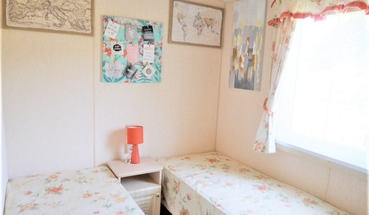 16 Second Bedroom Plot 15 Willerby Ganada Vendee France Caravans In The Sun (17)