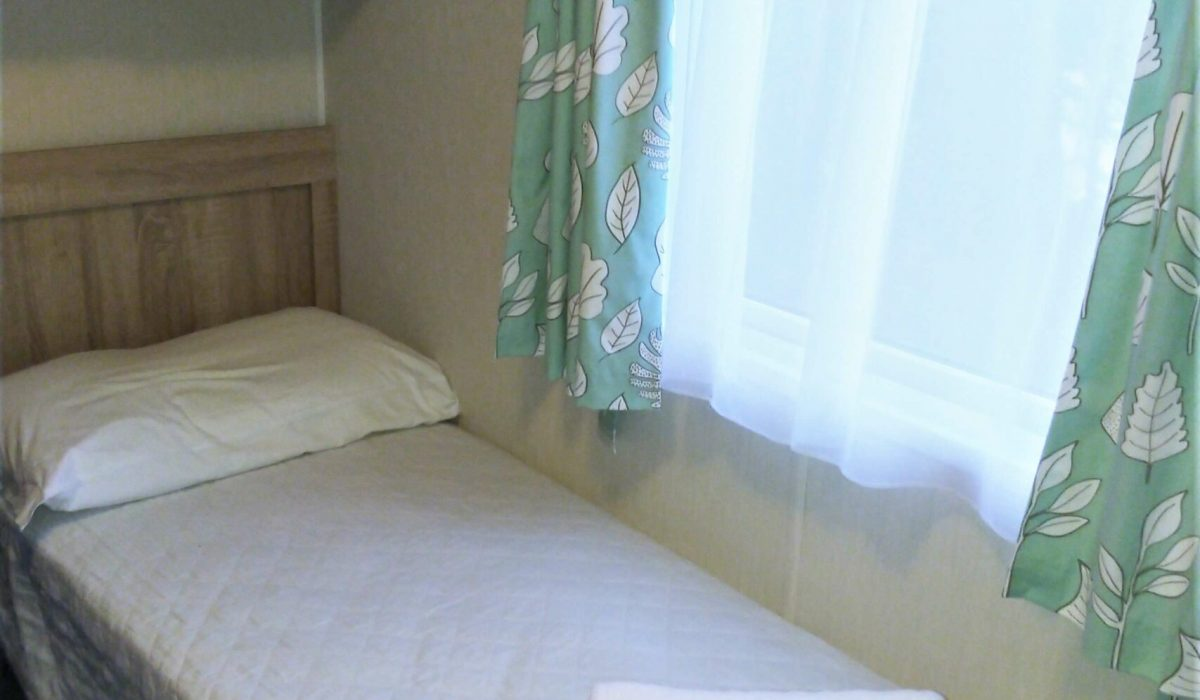 21 Second Bedroom Willerby Rio Special Plot 66 Toscana Holiday Village Tuscany Italy (2)