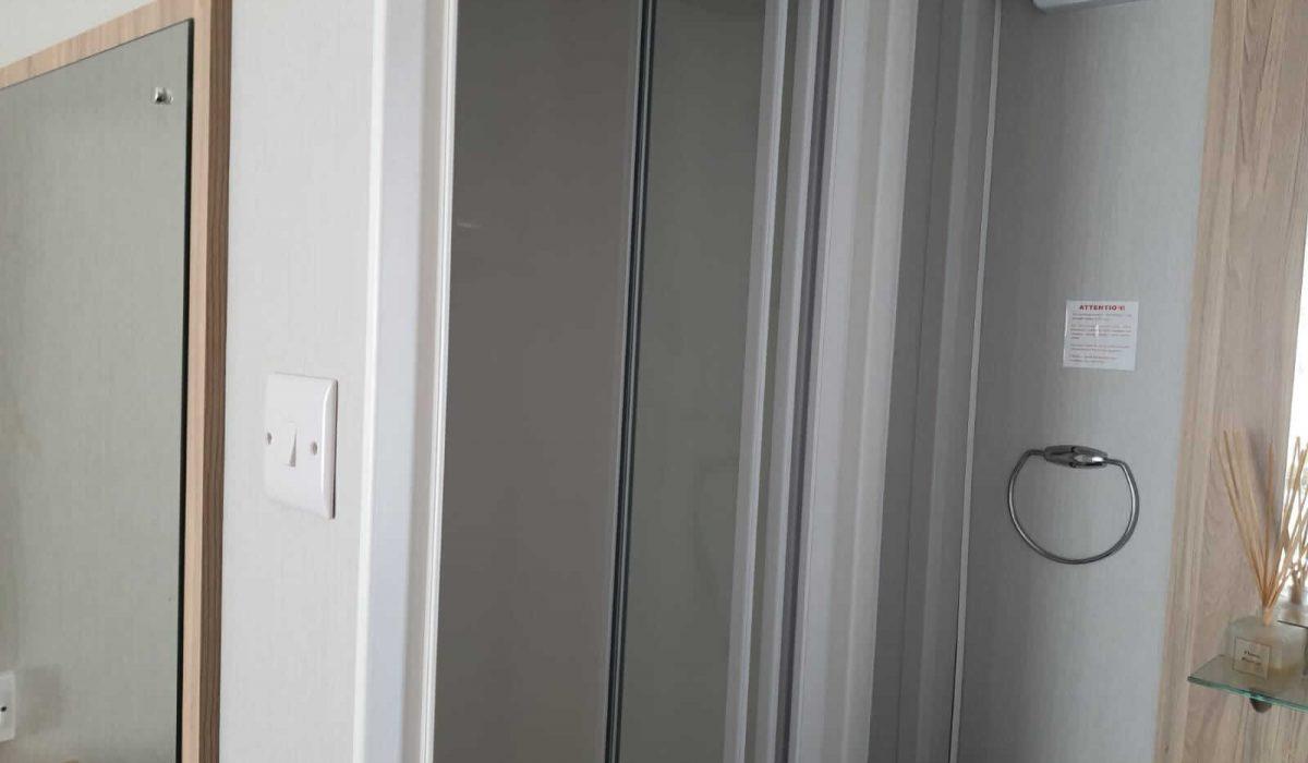 24 Bathroom Castleton Marbella Plot 34 (11)