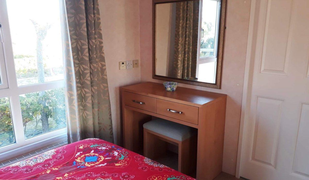 24 Master Bed Pemberton Knightsbridge Caravans In The Sun Mobile Home El Rocio (6)