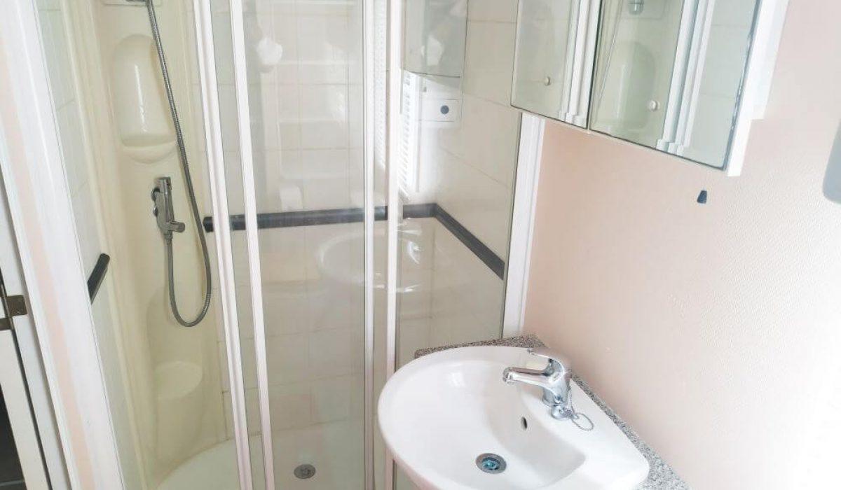 25 Plot 7 Torre Del Mar Family Shower Room Abi Beverley Caravans In The Sun (1)