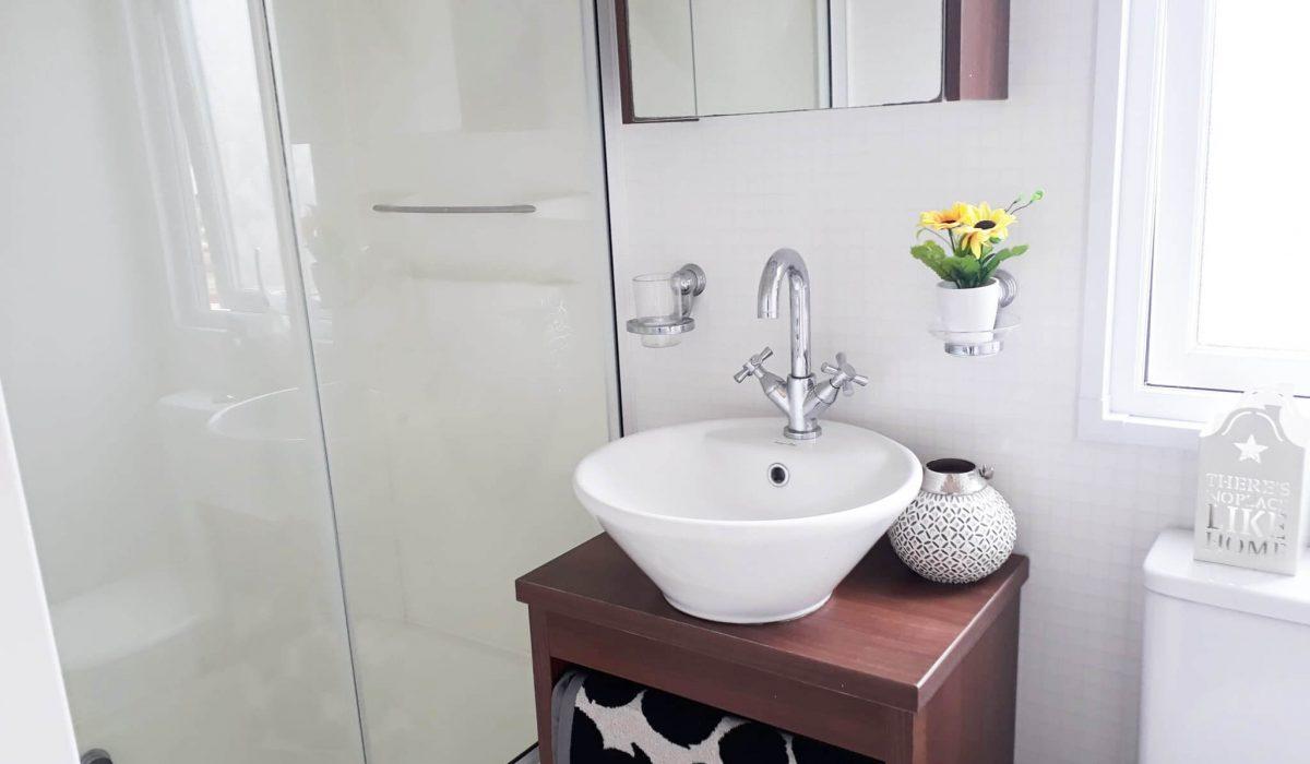 28 Bathroom Pemberton Knightsbridge Caravans In The Sun Mobile Home El Rocio (26)