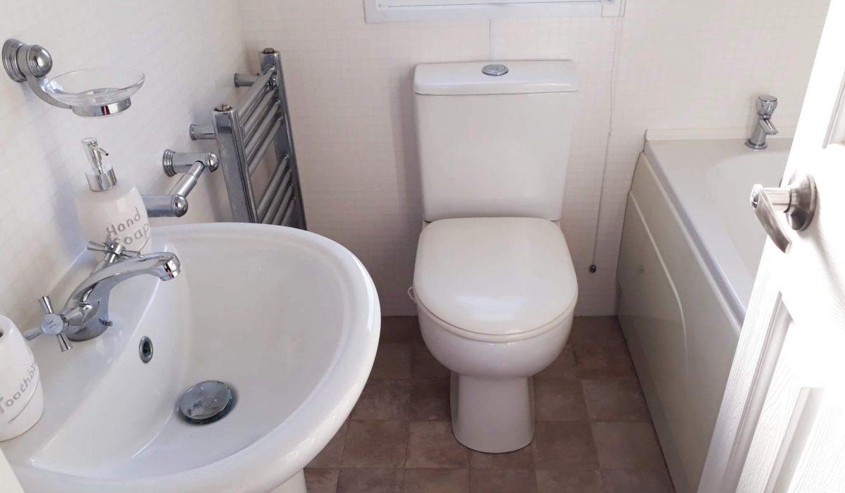 29 Bathroom Pemberton Knightsbridge Caravans In The Sun Mobile Home El Rocio (5)