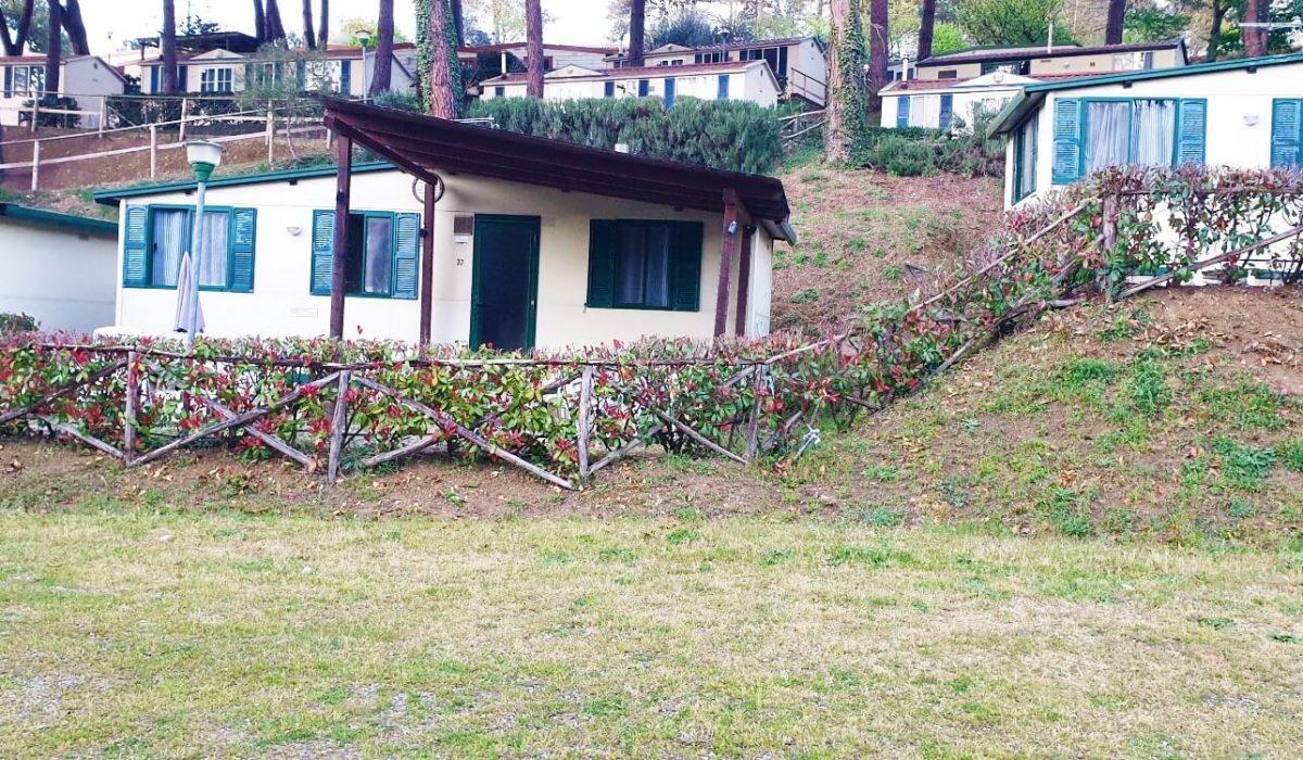 37 Toscana Holiday Village Caravans In The Sun (1)
