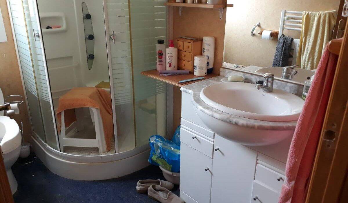 42 Orange Grove Bathroom 1
