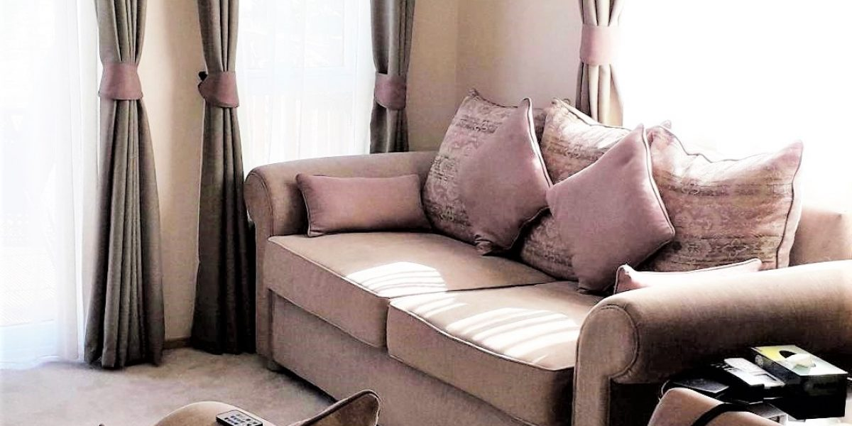 43 Orange Grove Living Room 4