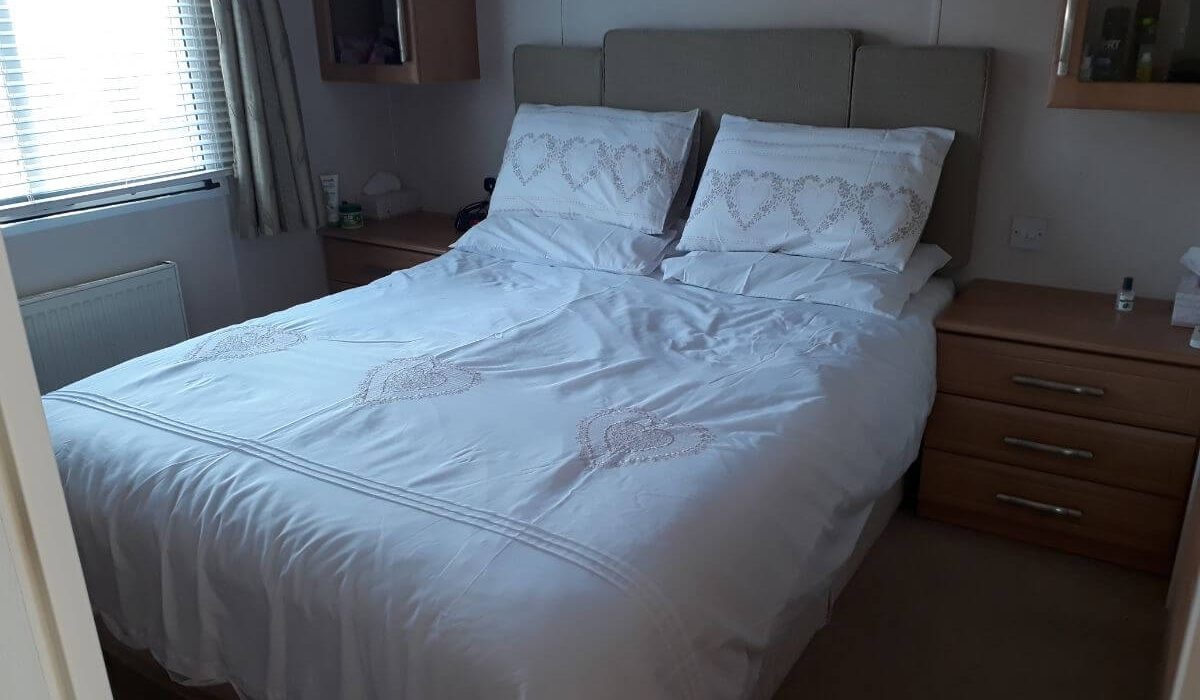 60 Orange Grove Master Bedroom 1