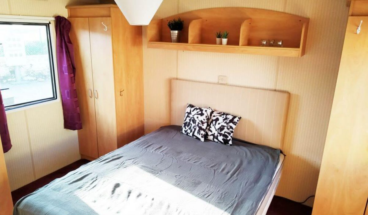 ABI Arizona Mobile Home Caravans In The Sun Master Bed 2