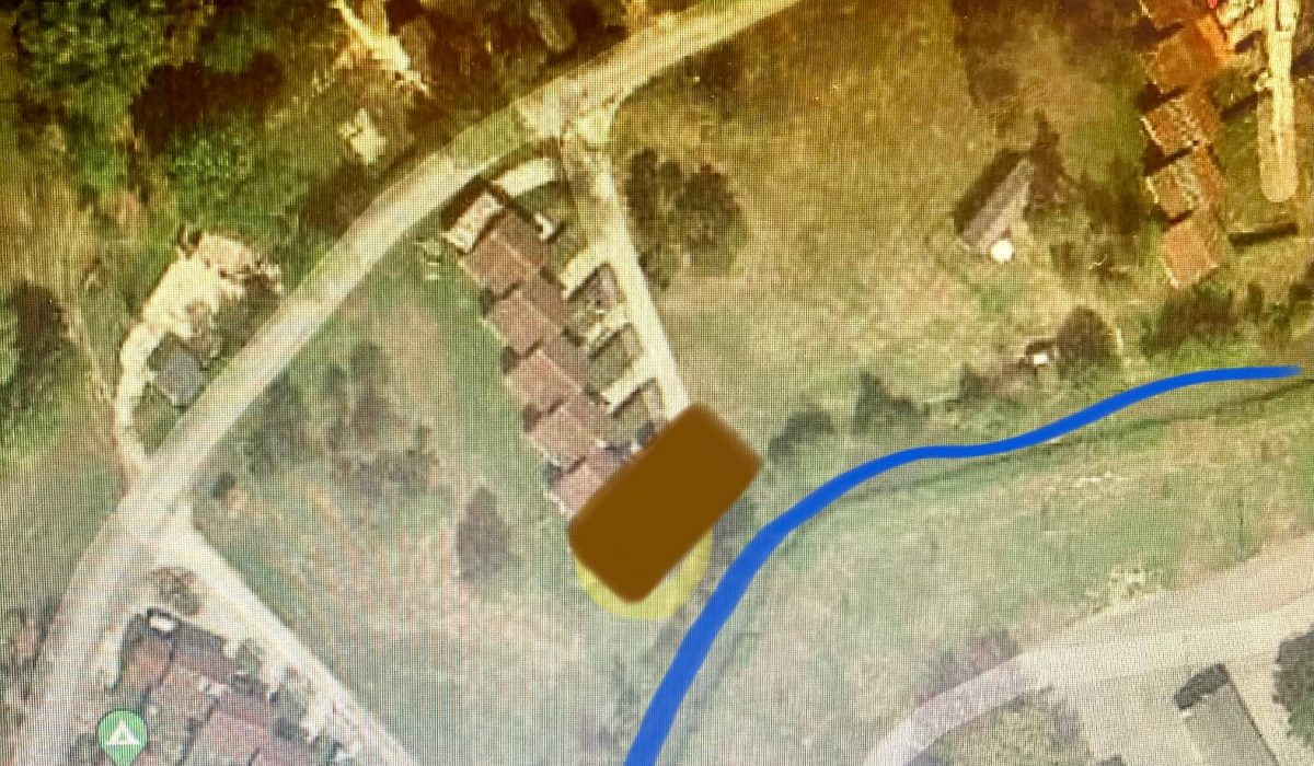 Bergerac Residential, Location Row 2 Next To The River