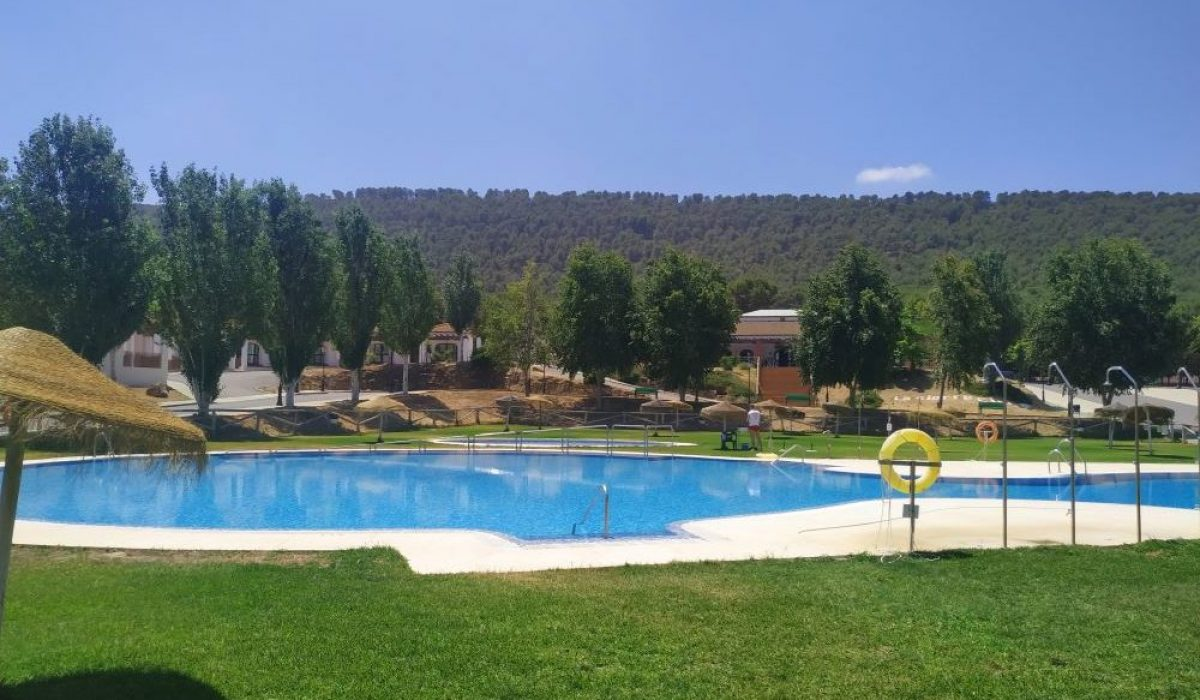 Humilladero Pool Pics (4)
