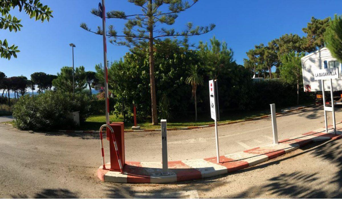 Marbella Buganvilla Caravans In The Sun (4)