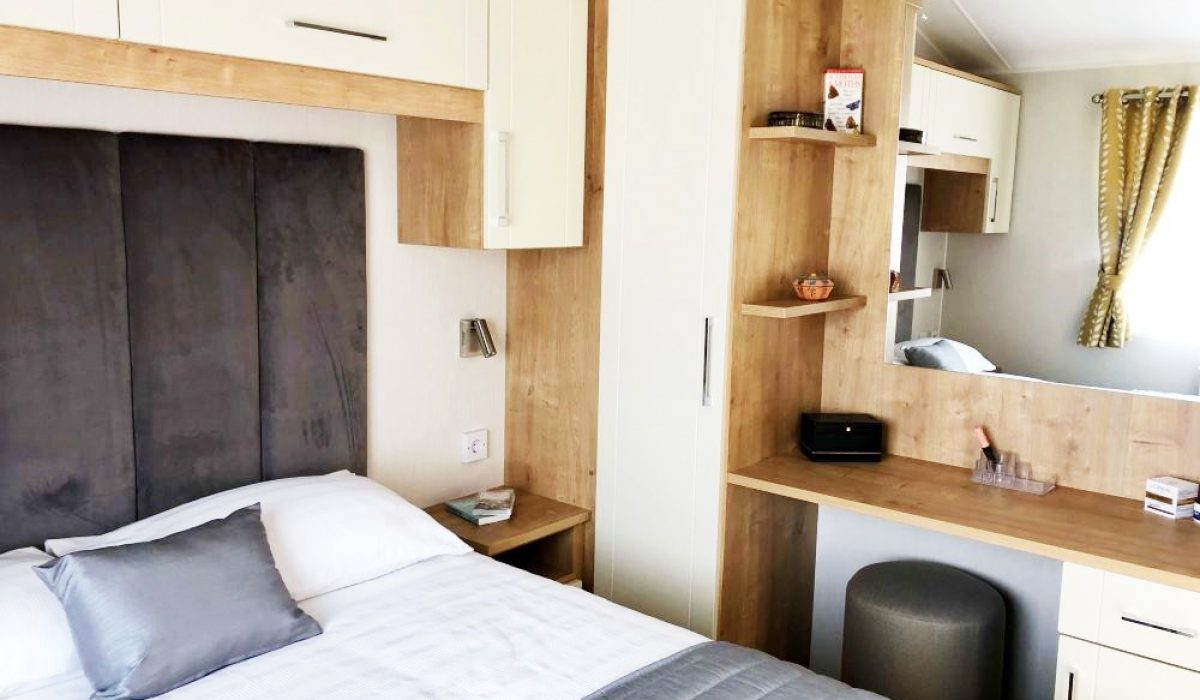 Master Bedroom Willerby Winchester Saydo Park Marbella 2020 (26)