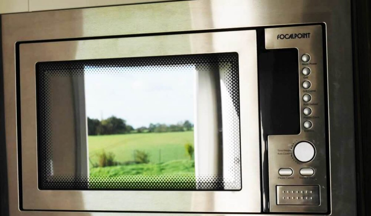 Microwave Plot 300 Vendee (7)