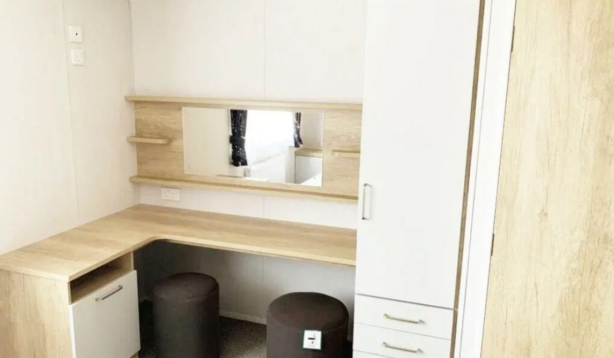 Swift Bordeax 2019 Dresser