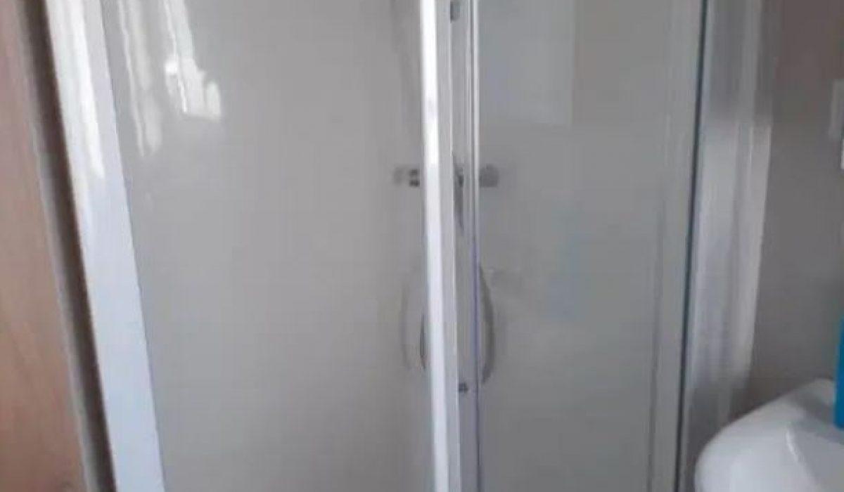 Willerby Brockenhurst 2019 Shower