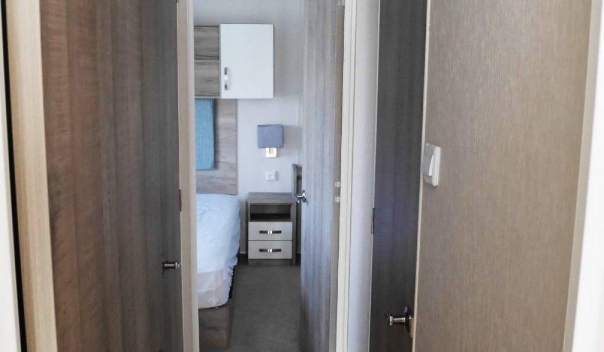 Hallway Plot 300 Vendee (26)