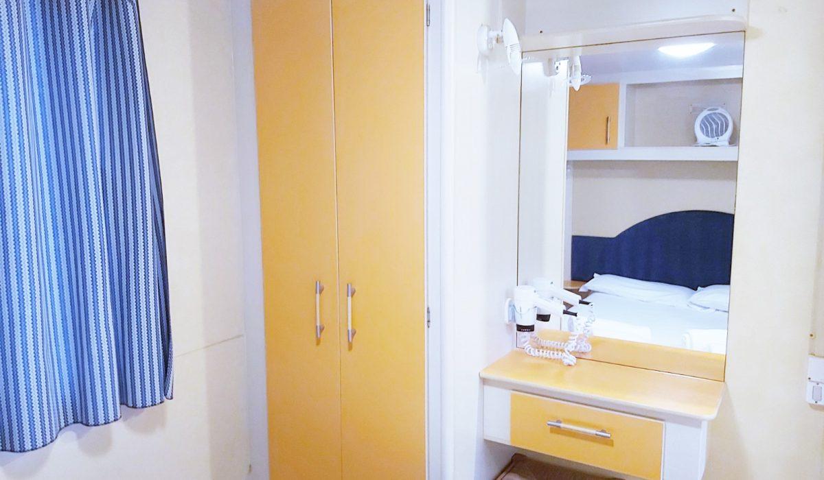 Master Bed Plot 18 Toscana (10)