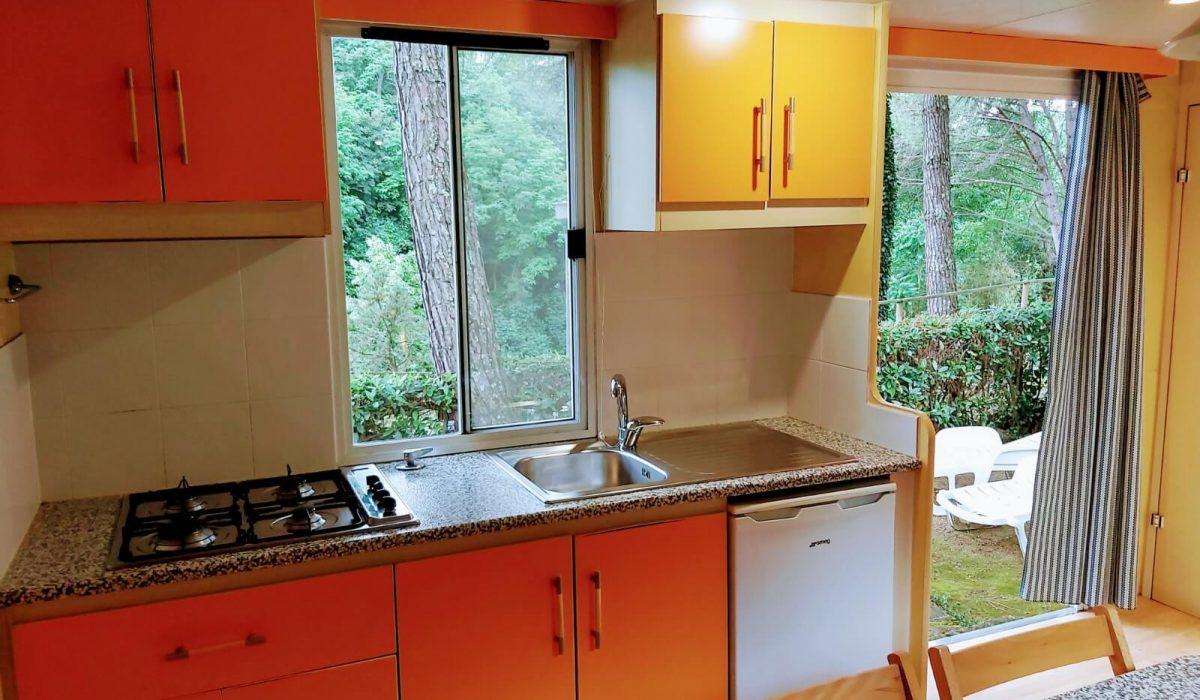 Shelbox Classic Plot 12 Tuscany Kitchen