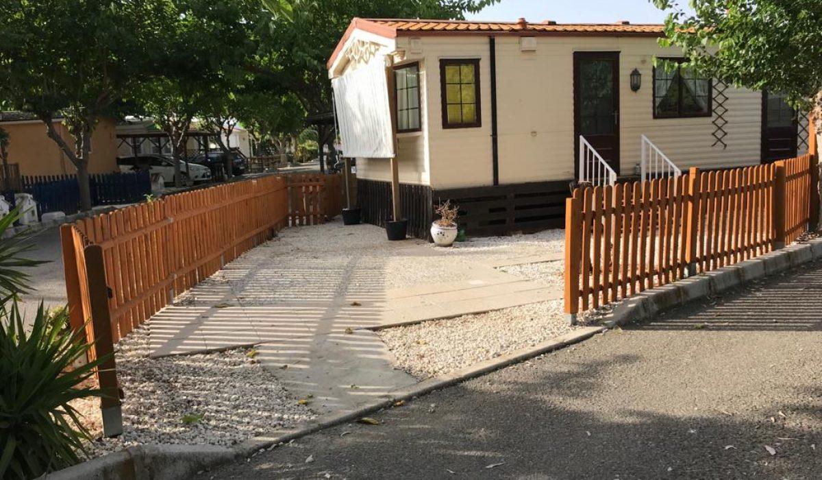 Willerby Granada 15 Euc Saydo Park Fencing